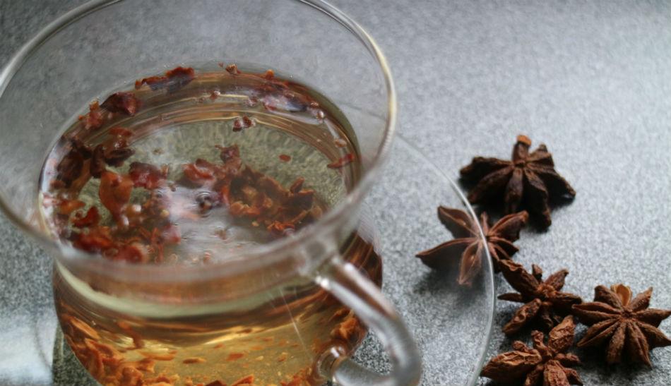 Herbata anyżowa na zapalenie oskrzeli (przepis w tekście)