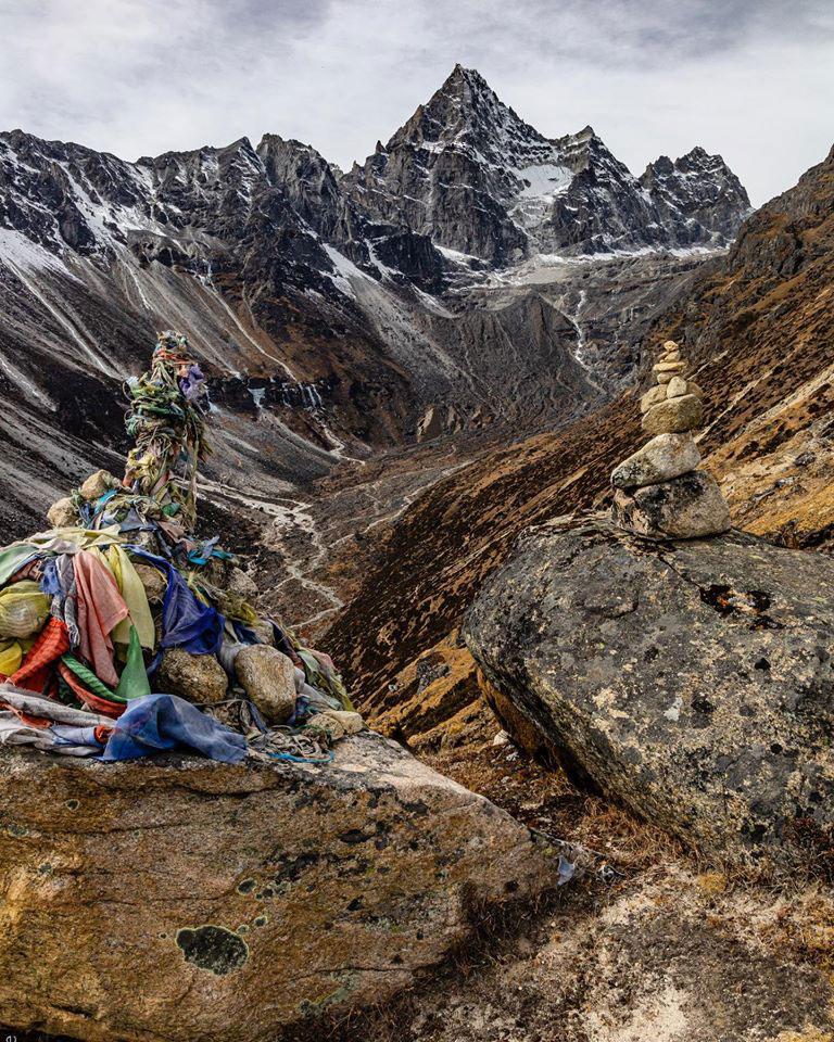 Zdjęcie 7 b. Przełęcz Thokla – Raj, Nima, Bruce  – Julie