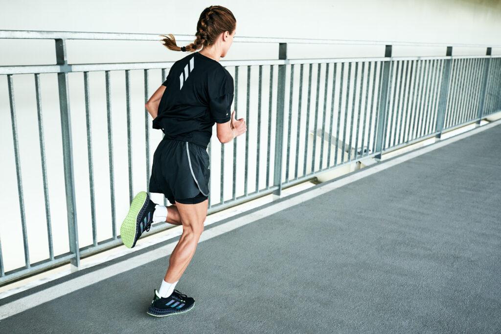 adidas 4DFWD to wybór Angeliki Mach na długie wybiegania
