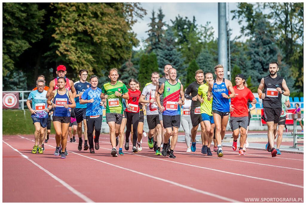 1MILA to całodzienne święto biegaczy.
