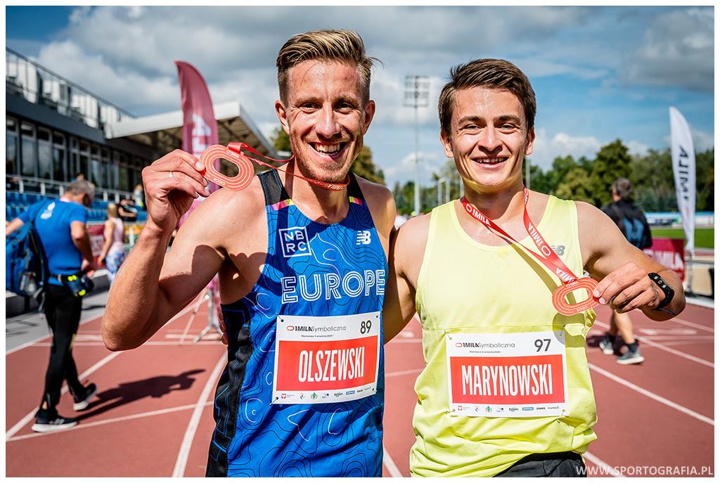 """Bartek """"Warszawski Biegacz"""" Olszewski - jeden z najszybszych biegaczy-amatorów w Polsce."""