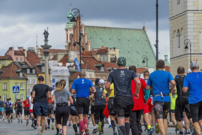 Ponad 10 000 biegaczy pobiegnie w ostatnią niedzielę września ulicami stolicy.