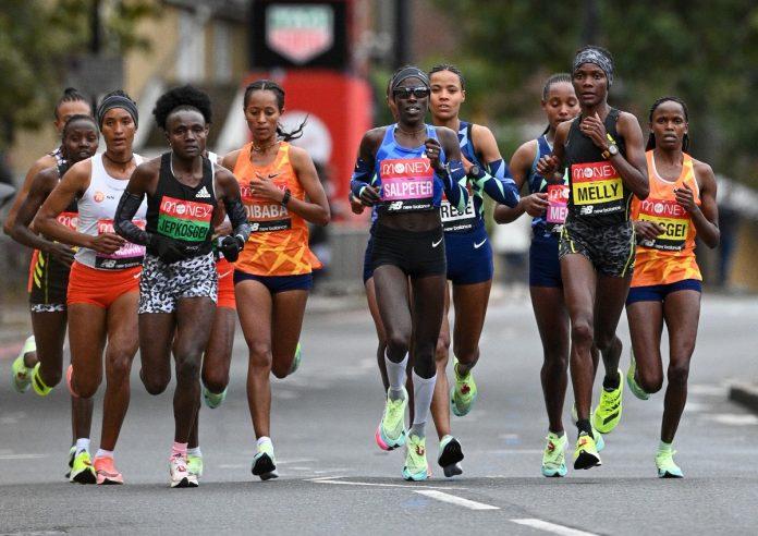 Elita kobiet na 15. kilometrze, zdj. organizatora