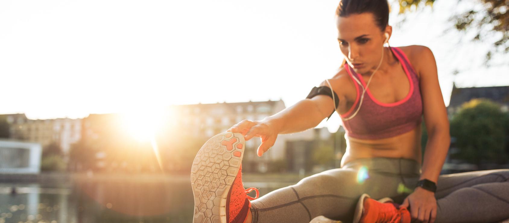 f2f01b60f66520 Jest mnóstwo ćwiczeń służących rozciąganiu mięśni, powstaje też coraz  więcej klubów fitness proponujących różne zajęcia strechingu (czyli  rozciągania).