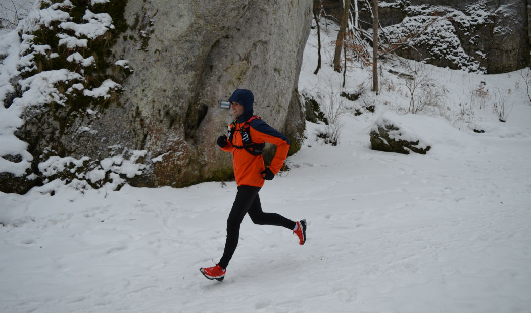 trail-running-i-ultra-z-czym-na-trening-test-ultralekkiego-plecaka-compressport-ultrun140-03