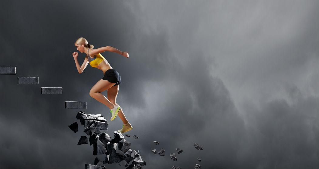 3e0d281bc7cfac Dzisiejsza moda na bieganie przybiera formę, o której nie śniło się  trenerom biegania w latach 80-tych i 90-tych. Bieganie jest tak powszechne,  ...